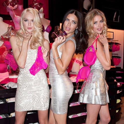 Victoria's Secret Angels Valentine's Day Event 2012 (7)
