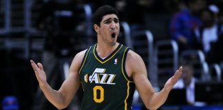 utah-jazz-enes-kanter-mouthpiece-throw